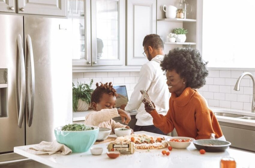 Simple Tips for Proper Kids' Nutrition and Ways to Create a Healthy Eating Routine