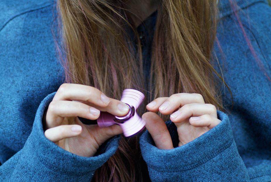 fidget spinner girl ombre hair toy