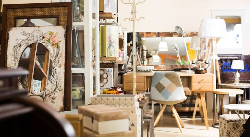 4 Things To Do With Old Furniture