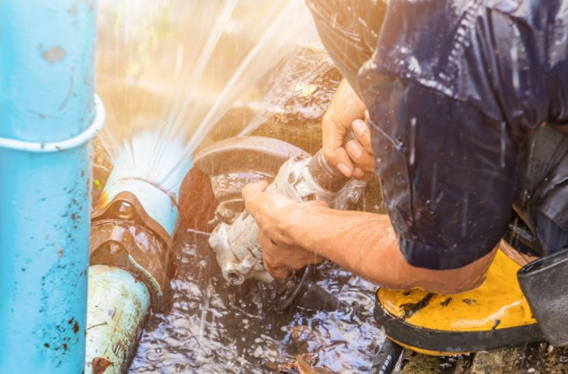 How To Repair Sewer Pipes Through Pipelining