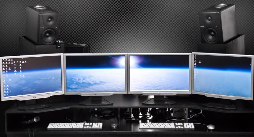 multi-monitor setup