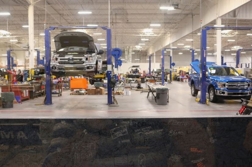 Arizona Collision Centers' Auto Body Repair: Process and Essential Things to Know