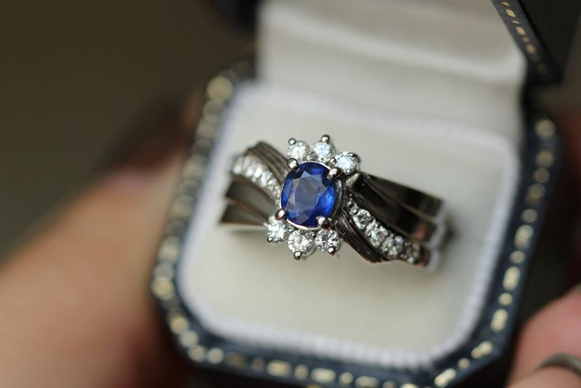 10 Ways to Pick the Perfect Wedding Ring