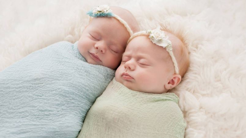 Safety Tips to Swaddle a Newborn Baby: Beginner's Guide